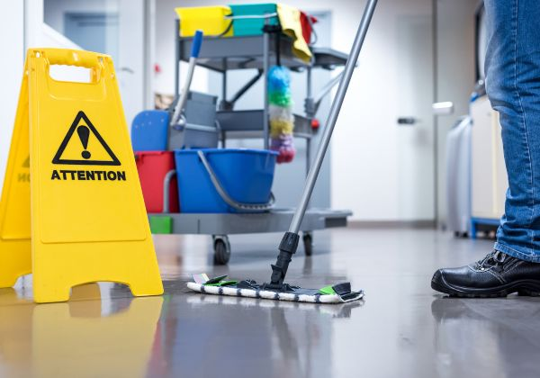 Spencers-Cincinnati-Janitorial-Clean